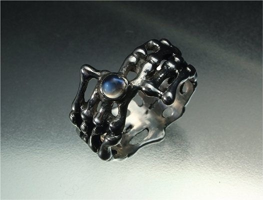 Sterling silver & moonstone snowflake ring
